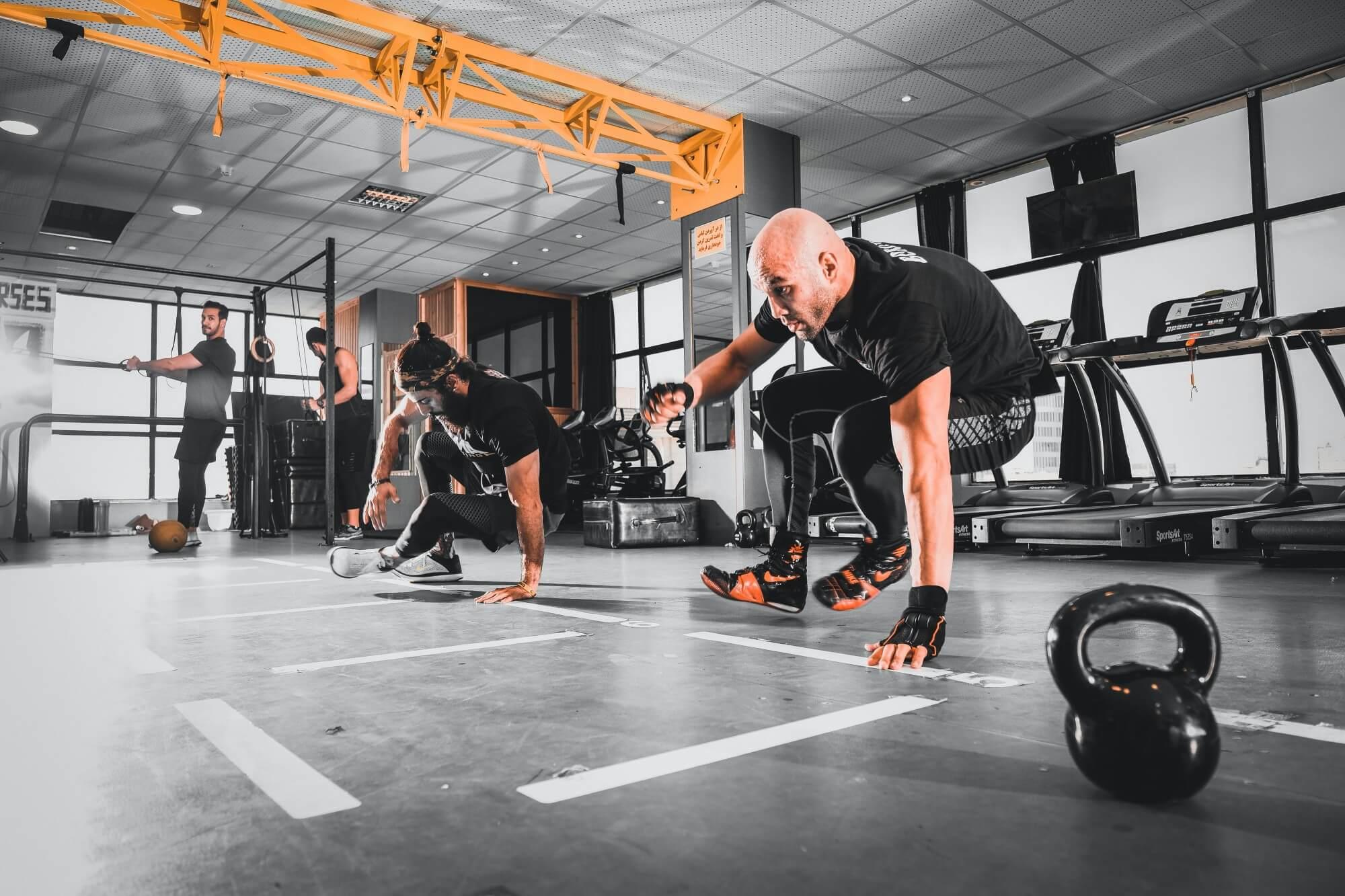 【台中健身房推薦】高強度間歇訓練、CrossFit、TRX,你要的台中團體健身課程都在這